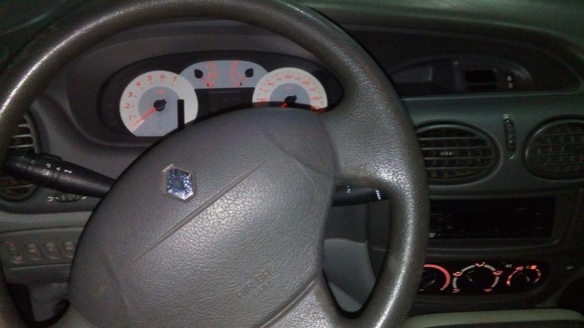 Renault Scénic Expression 1.6 16V (aut) - Foto #5