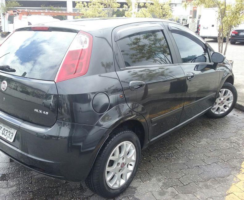 Fiat Punto HLX 1.8 (Flex) - Foto #5