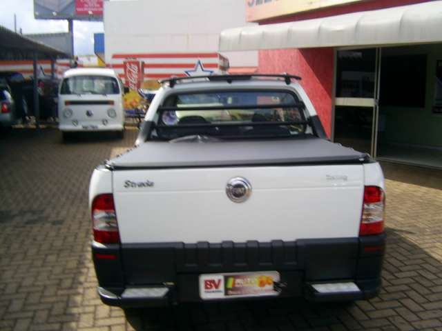 Fiat Strada Trekking 1.4 (Flex) (Cabine Estendida) - Foto #6
