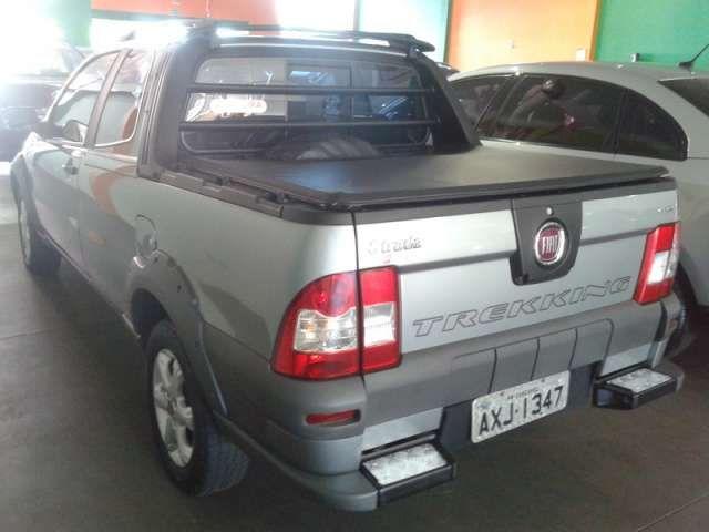 Fiat Strada Trekking 1.6 16V (Flex) (Cabine Dupla) - Foto #5