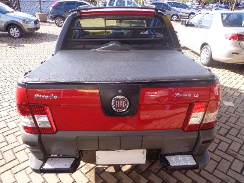 Fiat Strada Working 1.4 (Flex)(Cabine Dupla) - Foto #8