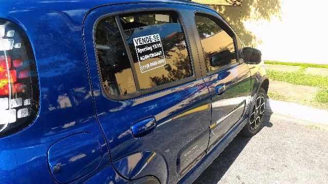 Fiat Uno Sporting Dualogic 1.4 (Flex) - Foto #4