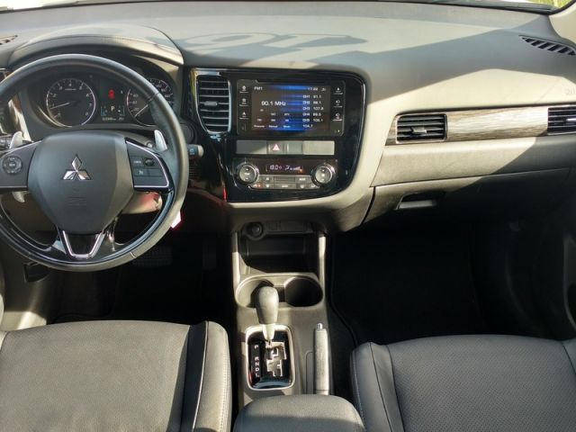 Mitsubishi Outlander 2.0 16V - Foto #5