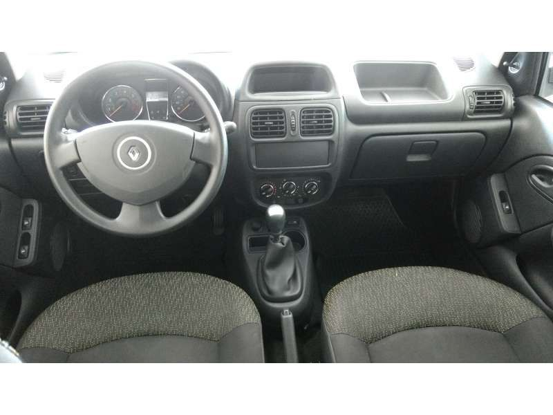 Renault Clio 1.0 16V (flex) 4p - Foto #3