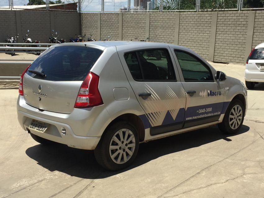 Renault Sandero Expression 1.6 16V (Flex) - Foto #2