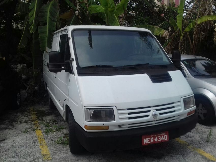 Renault Trafic Furgao 2.0 (ch. curto) - Foto #2