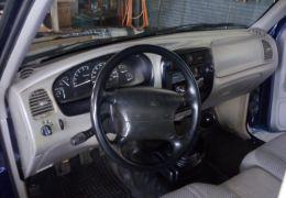 Ford Ranger XL 4x2 2.5 (Cabine Estendida)