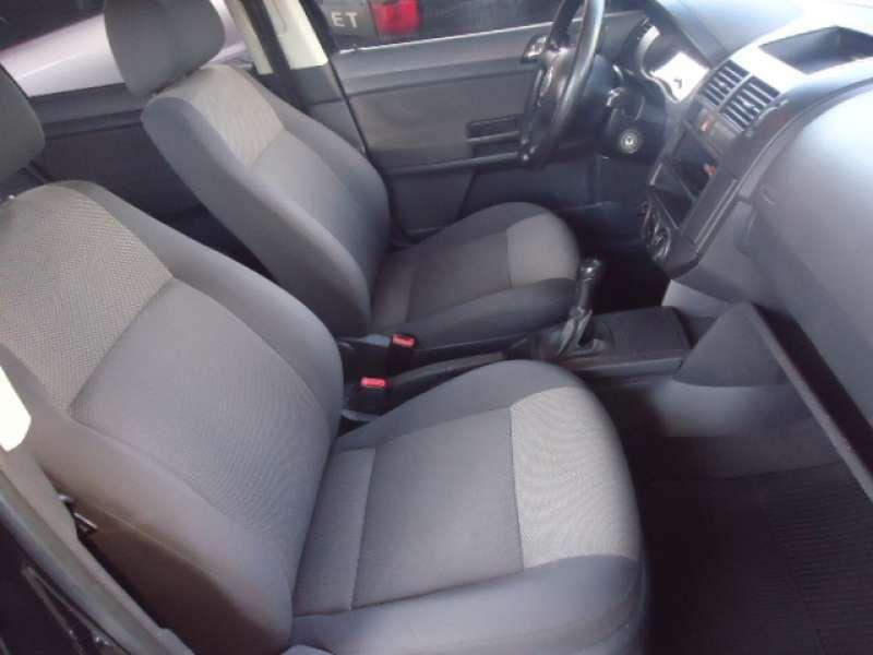 Volkswagen Polo Hatch. 1.6 8V (Flex) - Foto #7