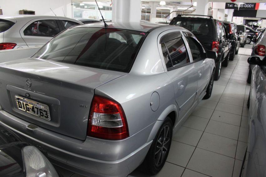 Chevrolet Astra 2.0 MPFi Expression Sedan 8v - Foto #2