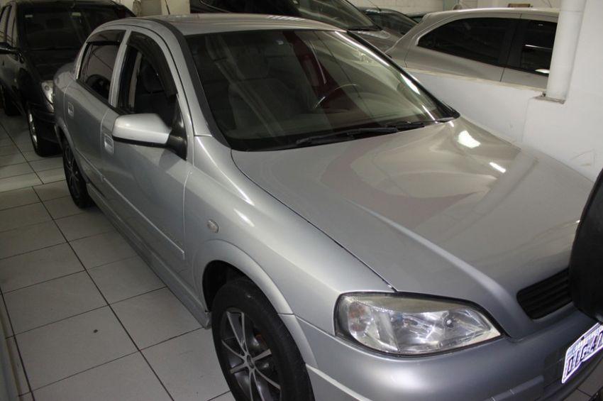 Chevrolet Astra 2.0 MPFi Expression Sedan 8v - Foto #3