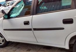 Chevrolet Corsa Sedan Classic 1.0 (Flex)