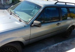 Ford Versailles Royale GL 1.8