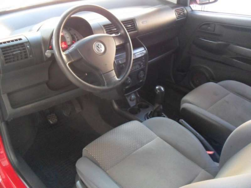 Volkswagen Fox Plus 1.0 8V (Flex) - Foto #5