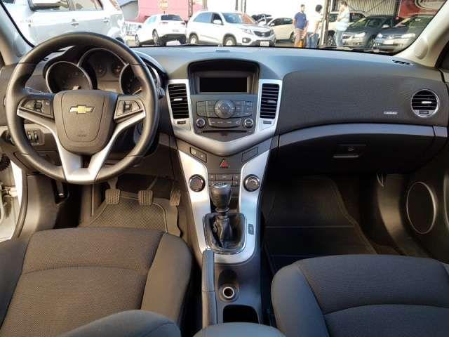 Chevrolet Cruze Sport6 LT 1.8 16V Ecotec (Flex) - Foto #7