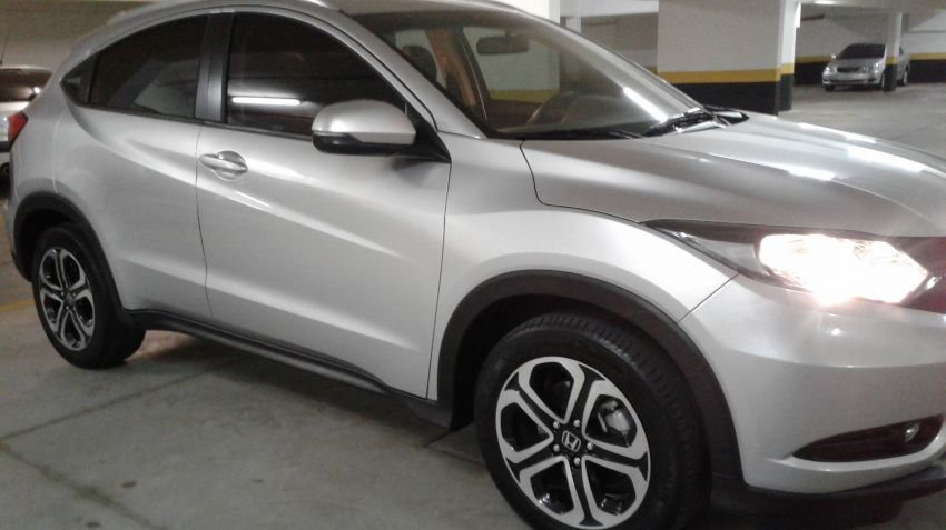 Honda HR-V EX CVT 1.8 I-VTEC (Flex) - Foto #2