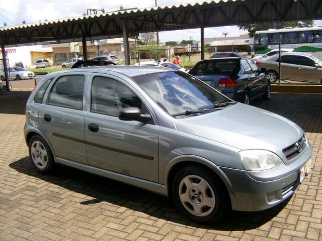 Chevrolet Corsa Hatch 1.0 8V - Foto #1