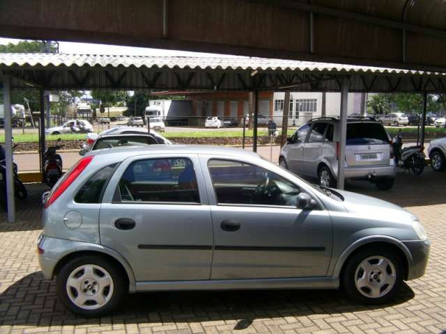Chevrolet Corsa Hatch 1.0 8V - Foto #5
