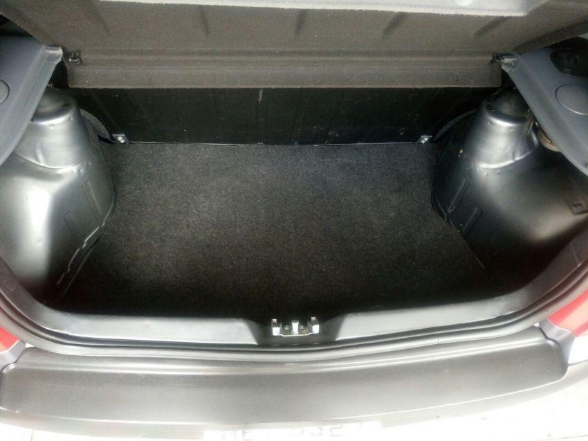 Volkswagen Gol Plus 1.0 8V - Foto #2