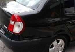 Renault Clio Hatch. 1.6 16V (série limitada) 4p