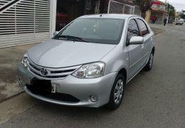 Toyota Etios Sedan XS 1.5 (Flex)