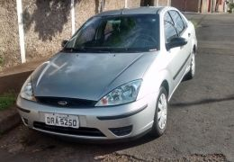 Ford Focus Sedan 1.8 16V