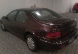 Chrysler Stratus Sedan LX 2.5 (aut)