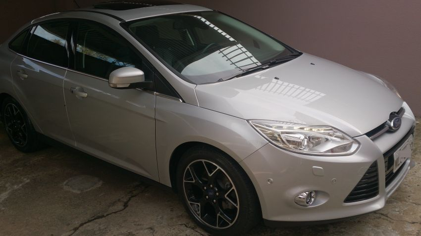 Ford Focus Sedan Titanium Plus 2.0 16V PowerShift (Aut) - Foto #1