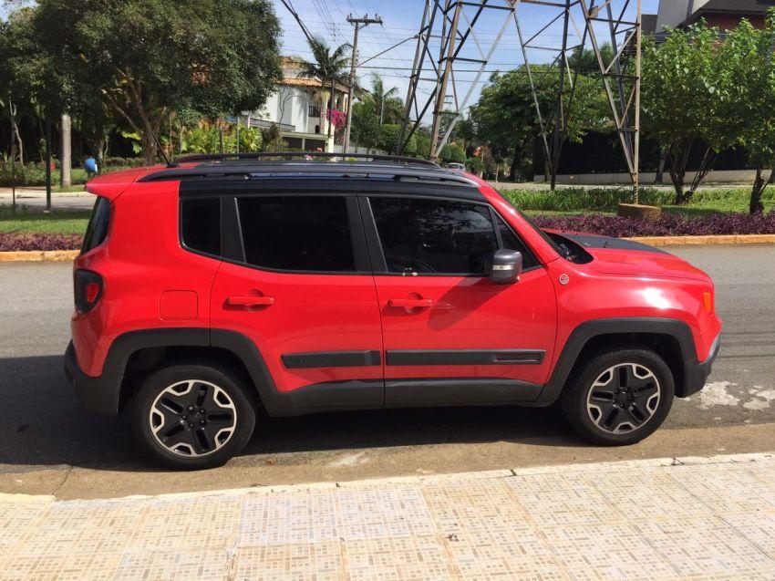 Jeep Renegade Trailhawk 2.0 TD 4WD (Aut) - Foto #3