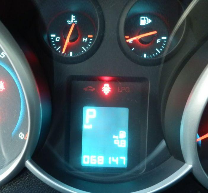 Chevrolet Cruze Sport6 LT 1.8 16V Ecotec (Flex) (Aut) - Foto #8