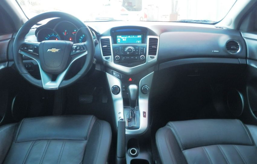 Chevrolet Cruze Sport6 LT 1.8 16V Ecotec (Flex) (Aut) - Foto #9