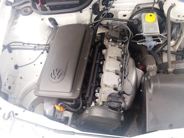 Volkswagen Gol 1.0 8V - Foto #9