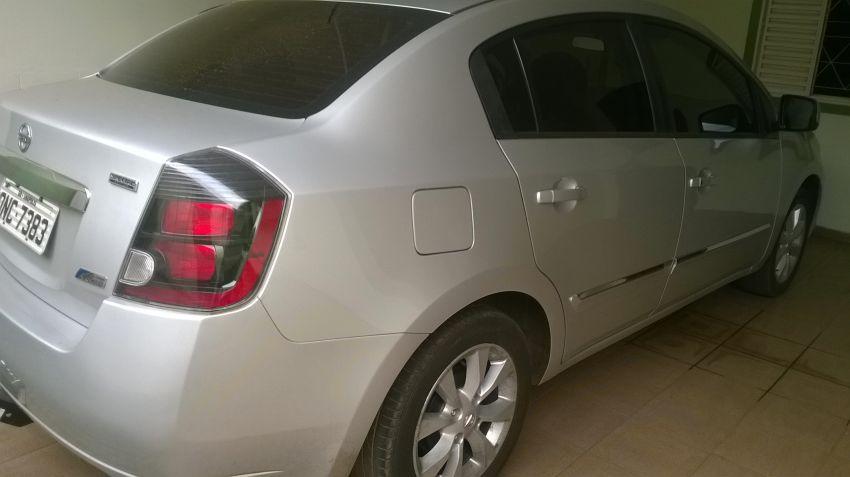 Nissan Sentra Special Edition 2.0 16V CVT (flex) - Foto #4