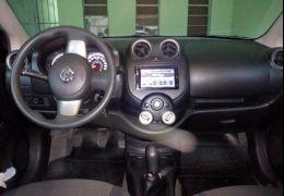 Nissan Versa 1.6 16V SL (Flex)