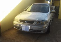 Chevrolet Astra Hatch 2.0 8V