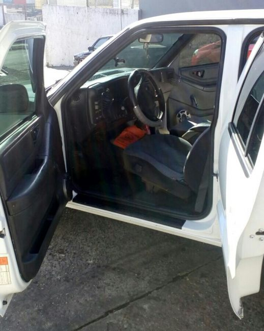 Chevrolet Blazer DLX 4x2 2.2 EFi - Foto #2