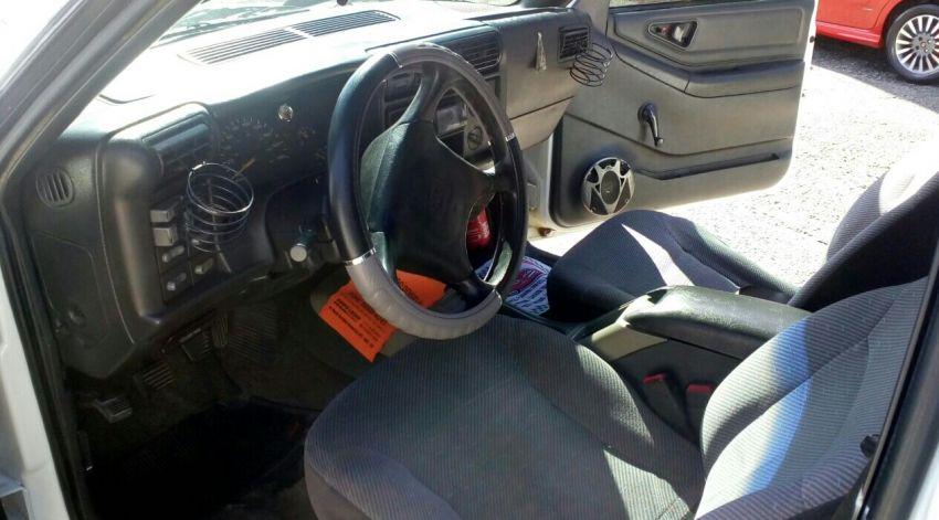 Chevrolet Blazer DLX 4x2 2.2 EFi - Foto #6