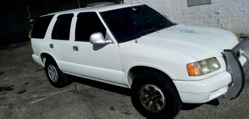 Chevrolet Blazer DLX 4x2 2.2 EFi - Foto #7