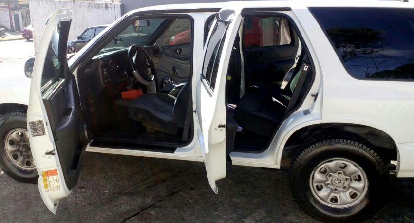 Chevrolet Blazer DLX 4x2 2.2 EFi - Foto #10