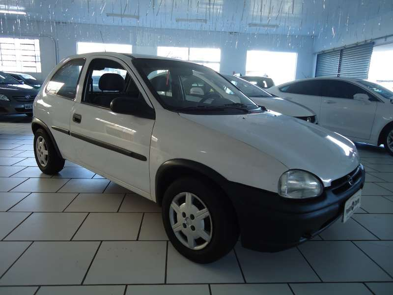 Chevrolet Corsa Hatch Wind 1.0 MPFi - Foto #1