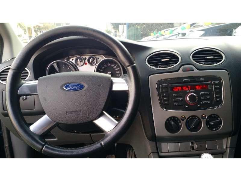 Ford Focus Hatch GLX 1.6 16V (Flex) - Foto #9