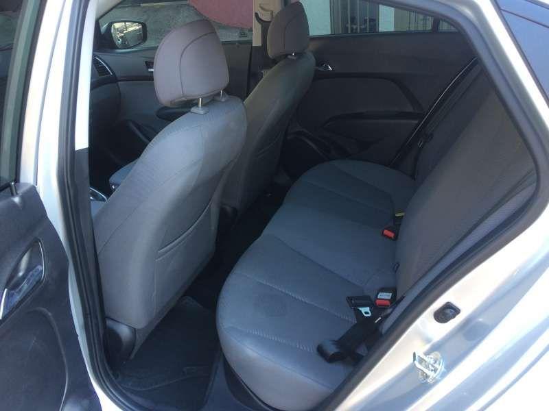 Hyundai HB20 1.6 S Comfort Plus - Foto #6