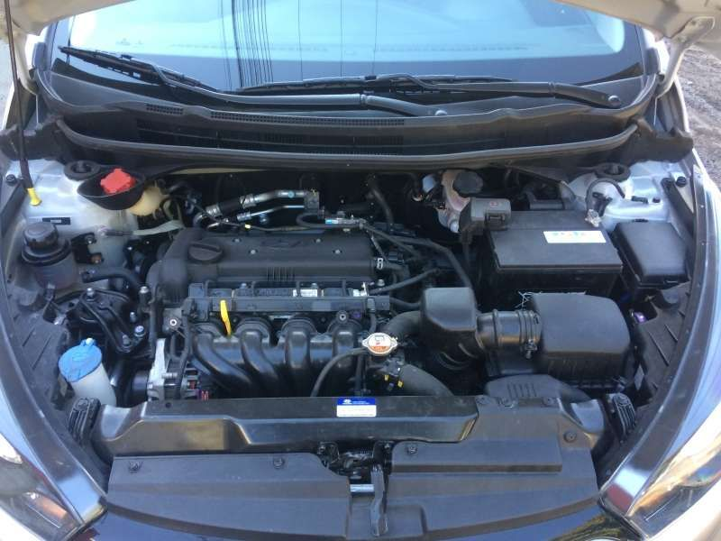 Hyundai HB20 1.6 S Comfort Plus - Foto #8