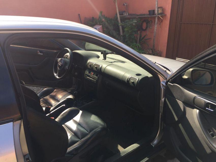 Audi A3 1.8 20V 2p - Foto #2