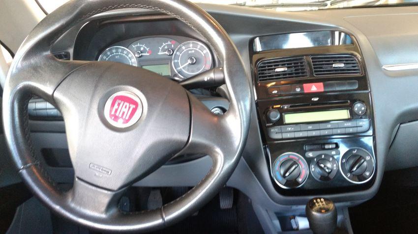 Fiat Linea LX 1.8 16V(Flex) - Foto #1