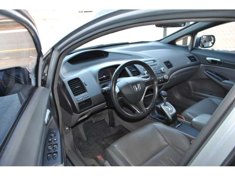 Honda Civic Sedan LXS 1.8 - Foto #9