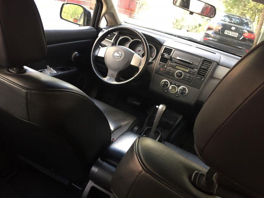 Nissan Tiida SL 1.8 (aut) - Foto #4