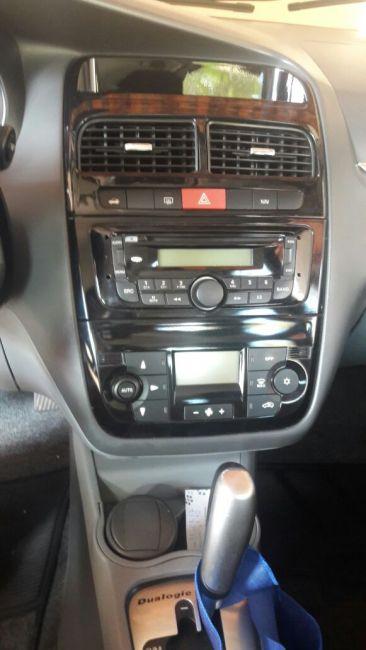 Fiat Linea LX 1.9 16V Dualogic (Flex) (Aut) - Foto #2
