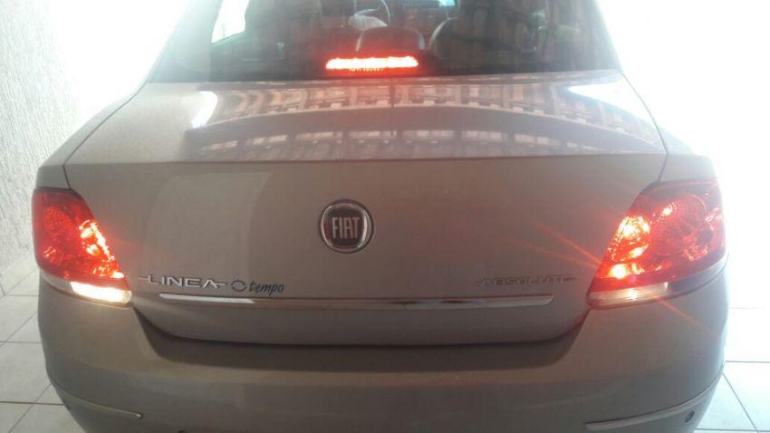 Fiat Linea LX 1.9 16V Dualogic (Flex) (Aut) - Foto #6