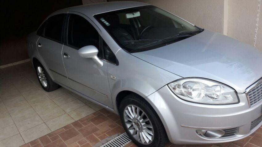 Fiat Linea LX 1.9 16V Dualogic (Flex) (Aut) - Foto #8