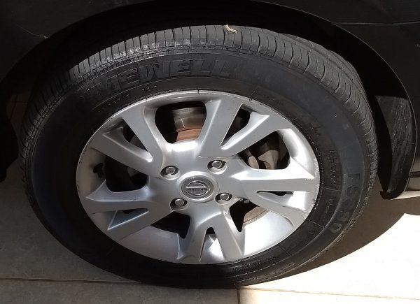 Nissan Livina S 1.8 16V (flex) (aut) - Foto #5